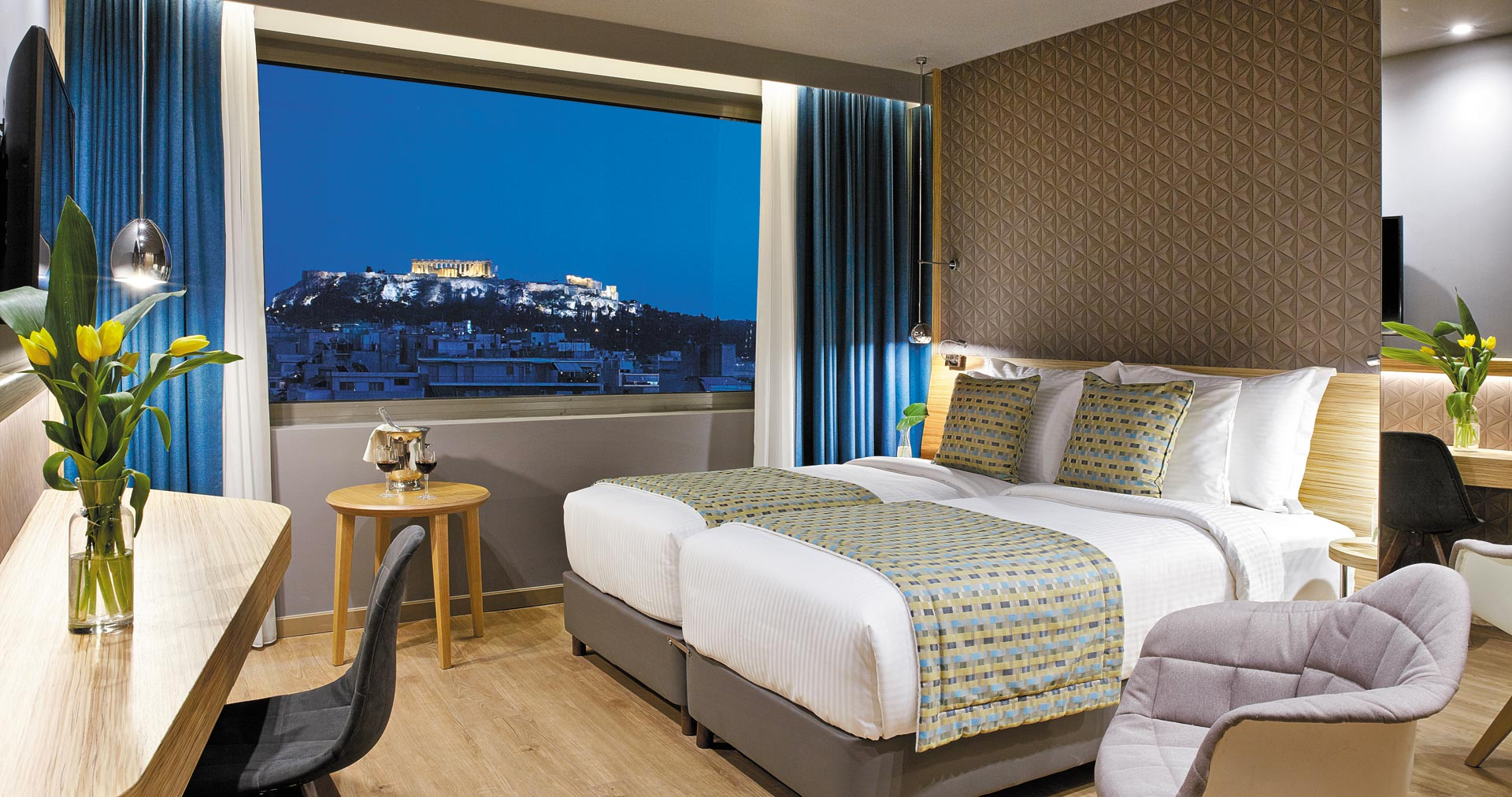 17f0b57fc4db Wyndham Grand Athens